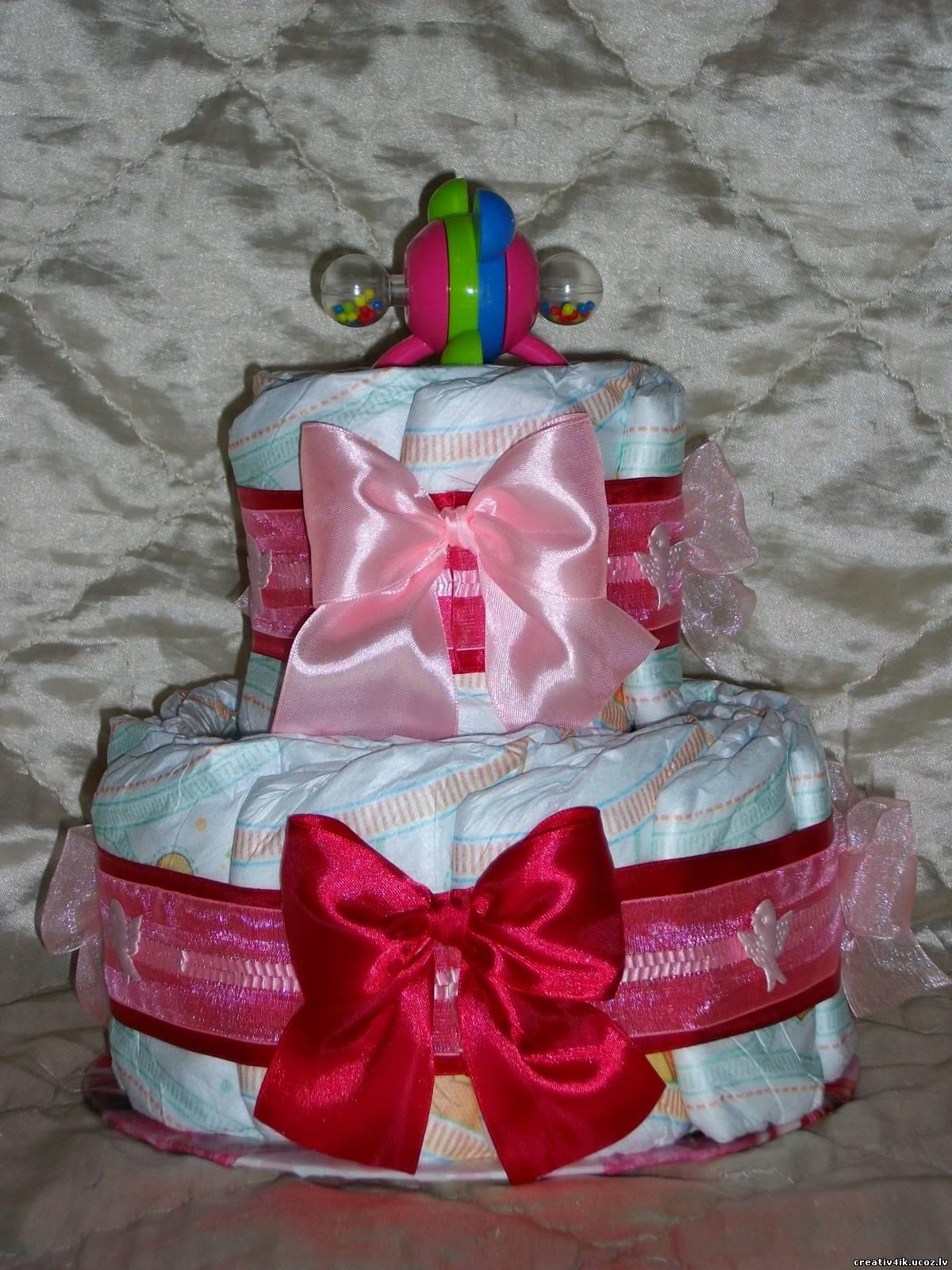 Торт из памперсов для девочки своими руками фото